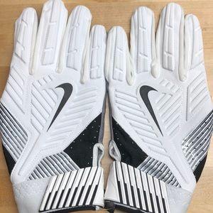 Nike Adult D Tack 5 Lineman Pro Football Gloves